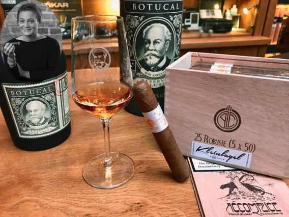 PBenden Principle Cigars Accomplice White Label Robusto